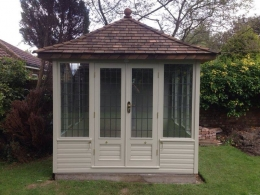 Richmond Summerhouse painted in Old English Cream