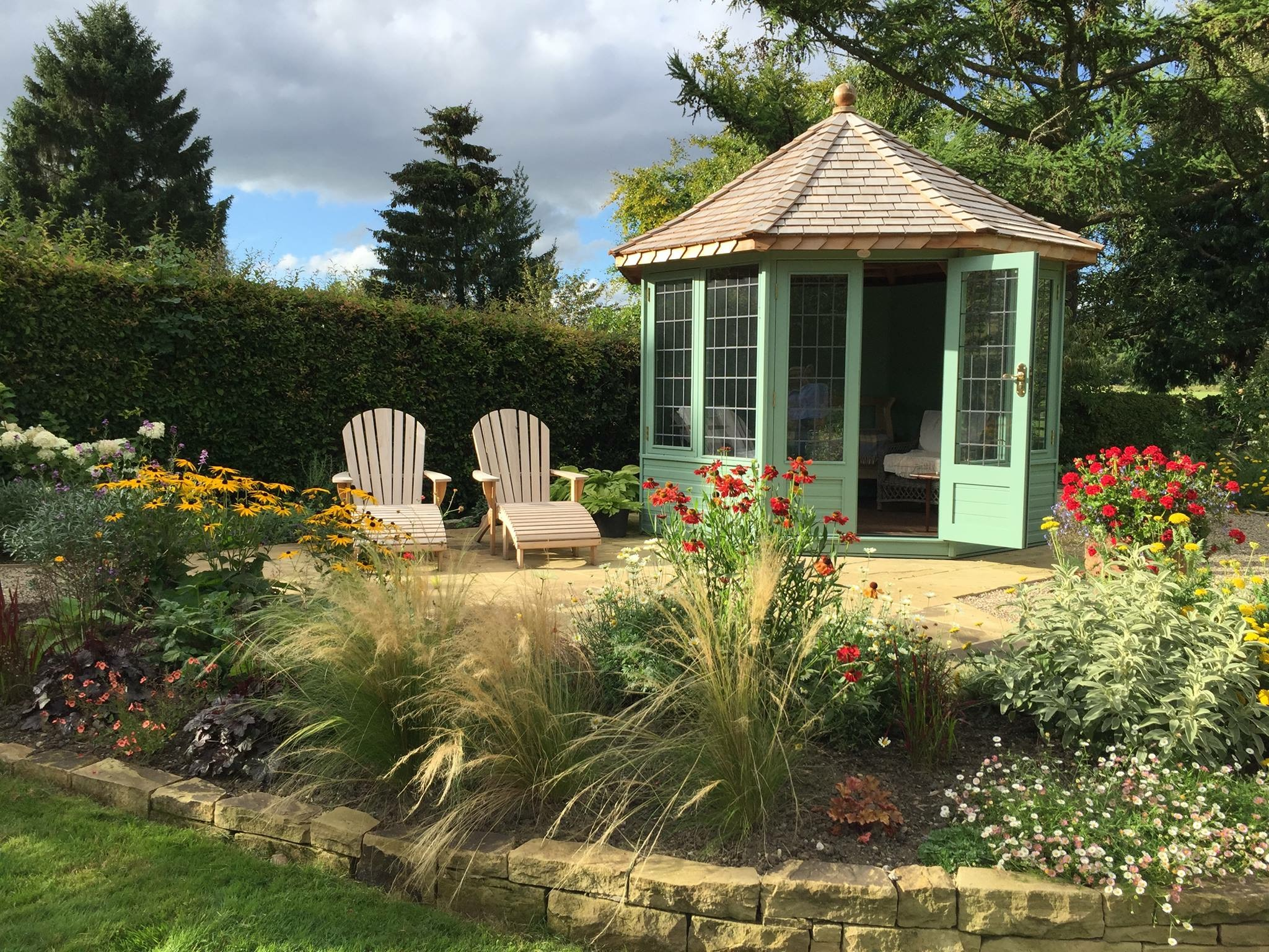 Late Summer Colour In The Garden Chelsea Summerhouses